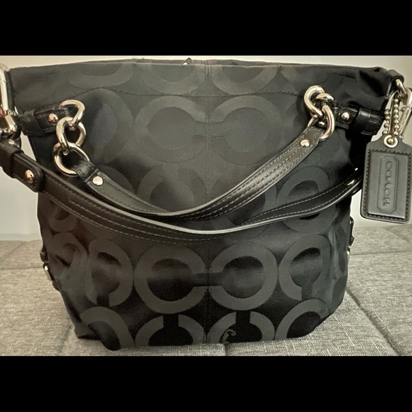 Coach bucket style purse (authentic)